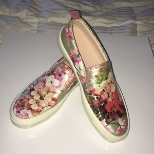 Gucci Blooms Metallic Leather Slide On Sneakers